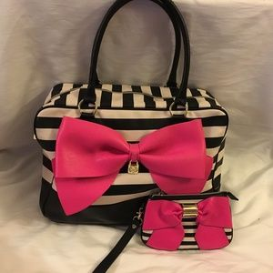 Betsey Johnson Weekender Bag & Matching Wristlet